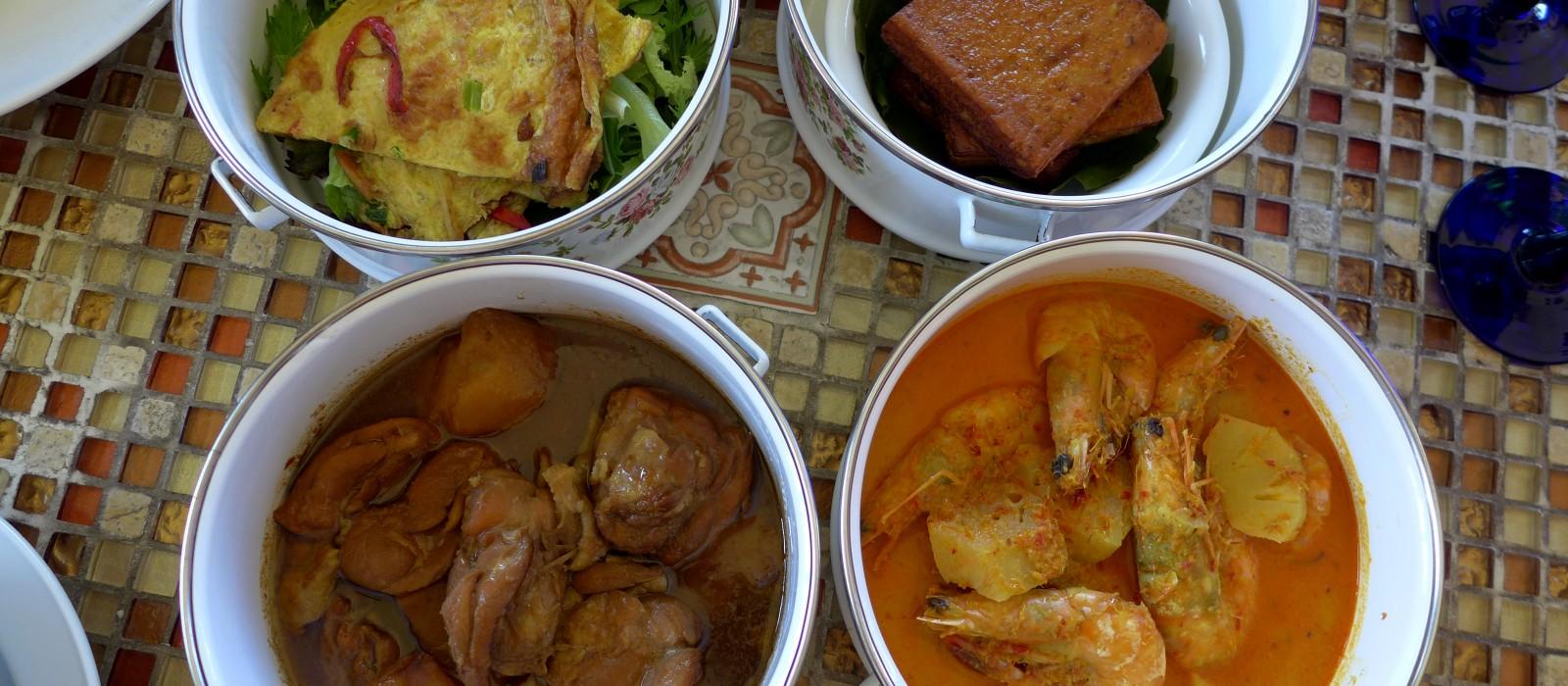 Tiffin Lunch at Casa del Rio Melaka