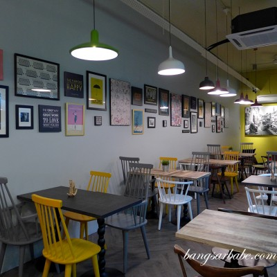 Bites Cafe at Lake Fields, Sungai Besi