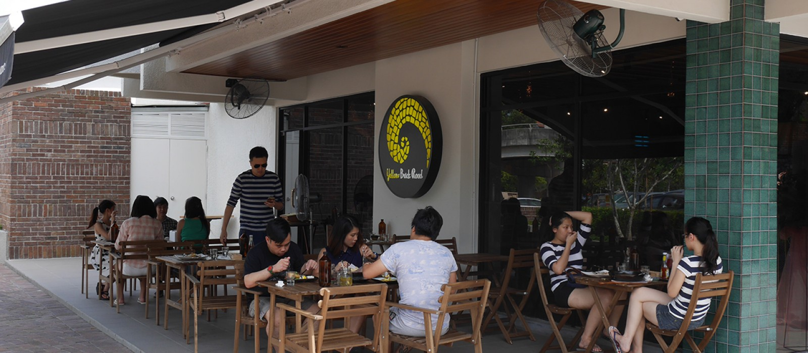 Yellow Brick Road, Jalan Batai